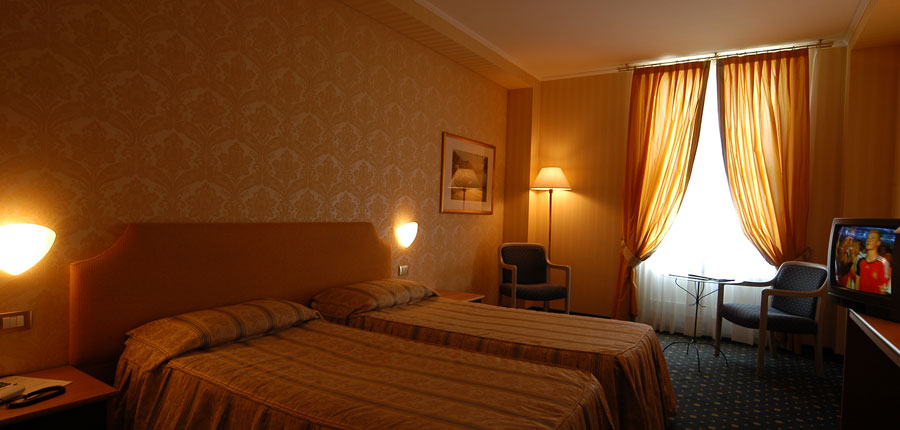 Grand Hotel Menaggio, Menaggio, Lake Como, Italy - Bedroom.jpg